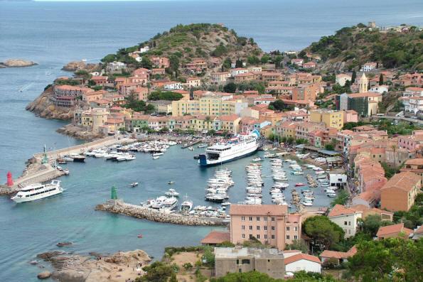 Porto turistico isola del Giglio - Sea Ways - L' Italia ...